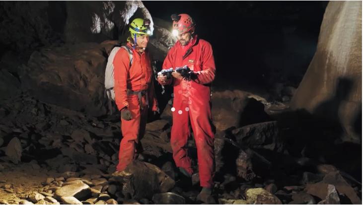 , Extreme interviews: V hlubokých jeskyních Moravského krasu se světoznámým speleologem Markem Audym, ,